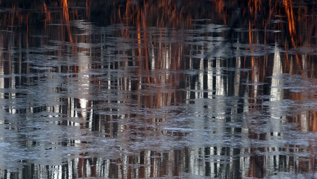 Ice on the Potomac II